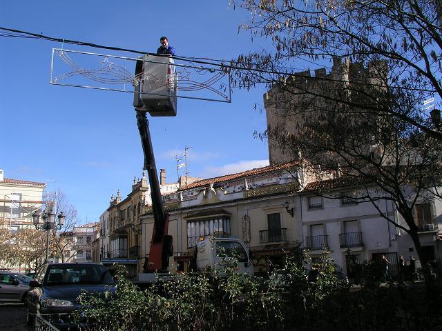 El Ayuntamiento de Coria renueva parte del alumbrado navideño y ahorrará entre un 30 y un 40% de energía