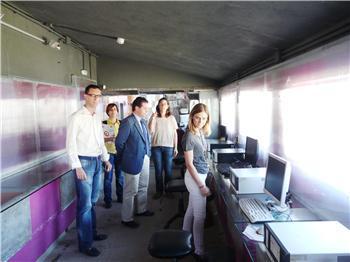 La directora del Instituto de la Juventud visita los espacios para la creación de Moraleja y Coria