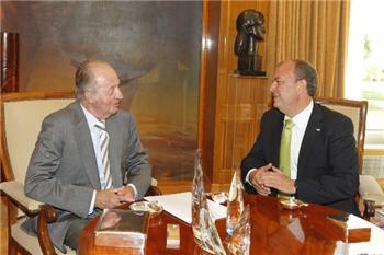 Monago le transmite al Rey su preocupación por los 17 modelos tributarios diferentes de España