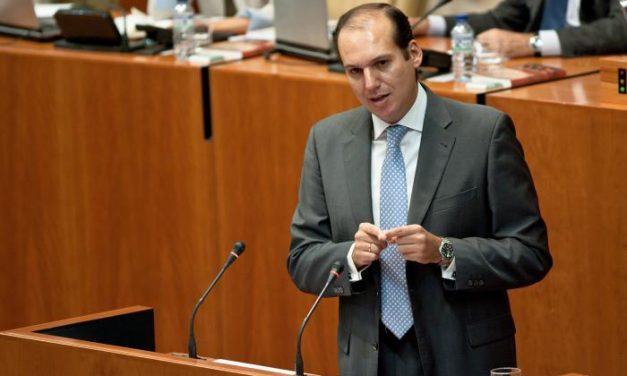"""El PP destaca el Plan 3E como una """"fórmula valiente"""" para """"combatir la pesadilla"""" del paro en Extremadura"""