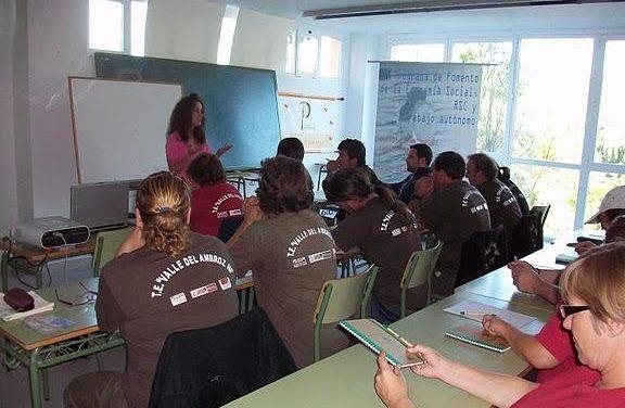Premysa entrega diplomas a los 73 participantes en las jornadas de Economía Social celebradas en Hervás