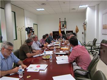 """Monago pide unidad frente a un borrador de la PAC que """"no conoce la realidad del campo"""""""