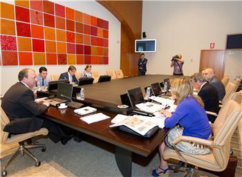 El Consejo de Gobierno acuerda aplazar el anteproyecto de Ley de presupuestos para 2012