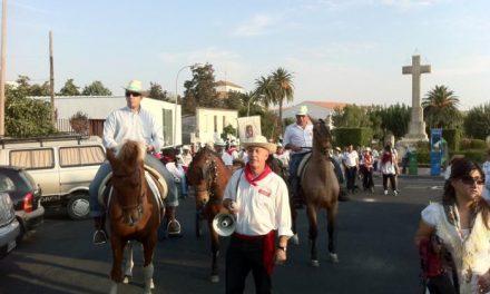 Casi cincuenta jinetes de la Asociación Ecuestre de Valencia participan en la ruta de San Pedro