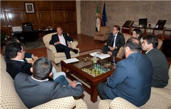 Monago reivindica al Gobierno central que apoye el paso del tren Lusitania por Extremadura