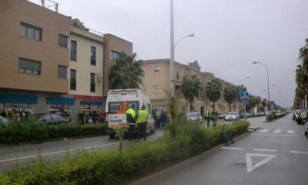 Una mujer de avanzada edad sufre un atropello por un tractor en la Avenida Lusitania de Moraleja