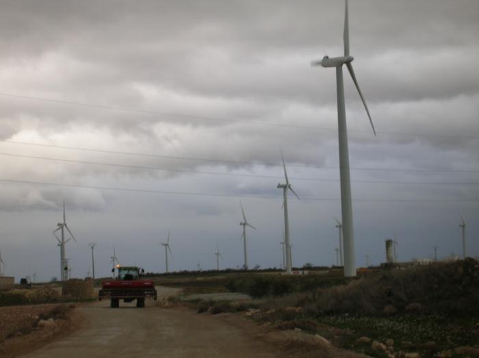 La Consejería de Industria recibe 89 proyectos de parques eólicos, 30 menos que en la primera fase