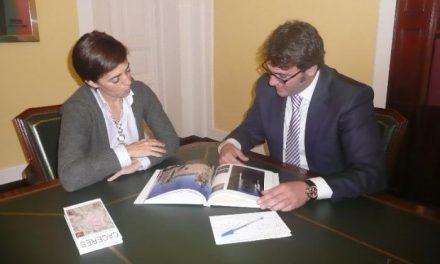El edil de Turismo de Cáceres y la Directora General se reunirán periódicamente para mejorar el sector