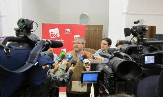 """IU Extremadura reclama al gobierno de Monago """"que empiece a dar muestras de que va a reducir el paro"""""""