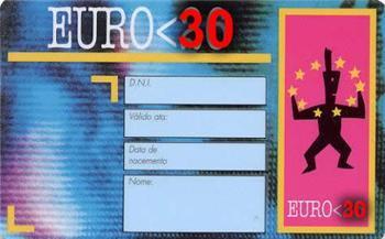El DOE publica el decreto que regula el carné joven europeo que amplía la edad de los usuarios a 30 años