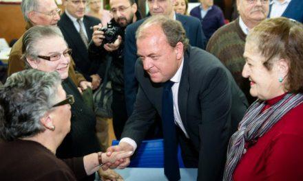 José Antonio Monago anima a los ciudadanos a convertir en votos los datos de encuestas como la del CIS