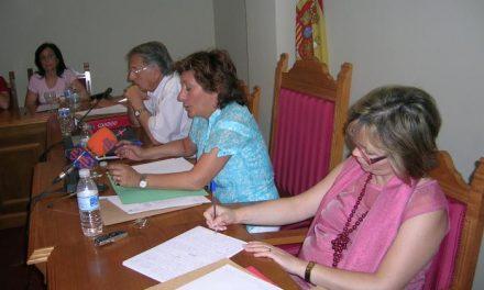 La alcaldesa de Moraleja decide prohibir al Partido Socialista que grabe los plenos
