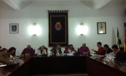 Los tres grupos políticos de Valencia de Alcántara acuerdan agilizar los trámites a las empresas constructoras