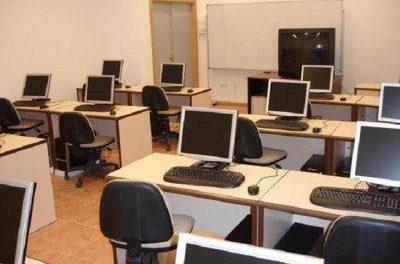 En cuarentena los 250 estudiantes de Secundaria del instituto de Hornachos