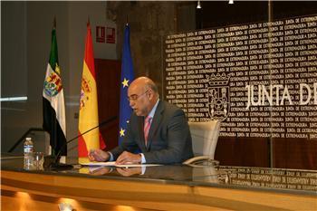 El Gobierno extremeño concede la autorización previa a 65 parques eólicos para instalar 977 megawatios
