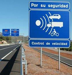 Las dudas del fiscal sobre el radar aplazan el primer juicio rápido a un conductor portugués cazado a 201 km/h