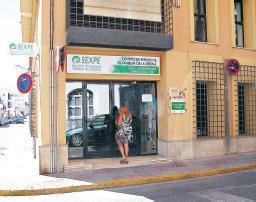 La Oficina de Prestaciones de Valencia de Alcántara activa el servicio de cita previa telefónica