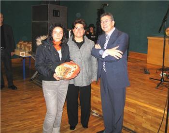 Nueve centros educativos extremeños reciben los premios de educación en valores del curso 2006/2007