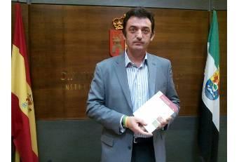 Diputación y  Consejería de Educación continuarán con el programa de fondos de archivos municipales