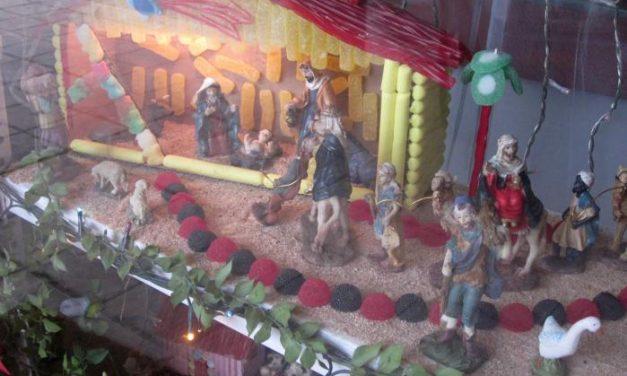 Valencia de Alcántara anima a los comerciantes a participar en el concurso de escaparates navideños