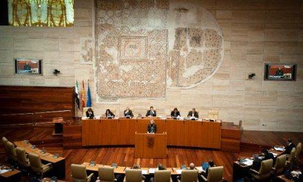 La Asamblea aprueba el presupuesto para 2012 tras la retirada de la enmienda de IU y el rechazo de la del PSOE