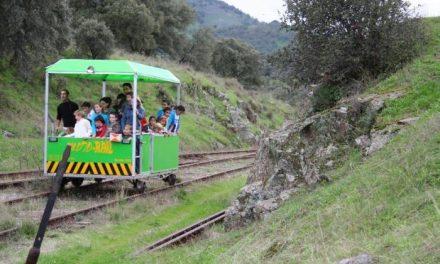 Municipios cacereños y salmantinos pretenden recuperar turísticamente el tren Ruta de la Plata