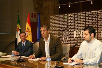 El director general de Deportes presenta el Campeonato de Extremadura de Ajedrez por equipos