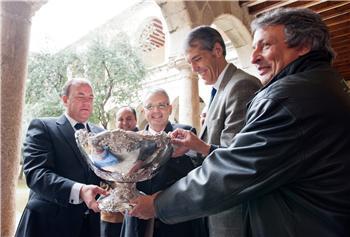 La Federación Española de Tenis afirma que la región sería un lugar idóneo para celebrar la Copa Davis