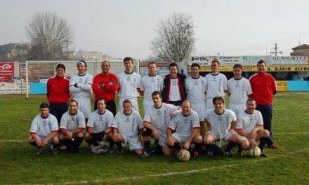 El equipo Bar Halcón Moralo se proclama campeón del XIV Torneo de Fútbol Veteranos en Coria