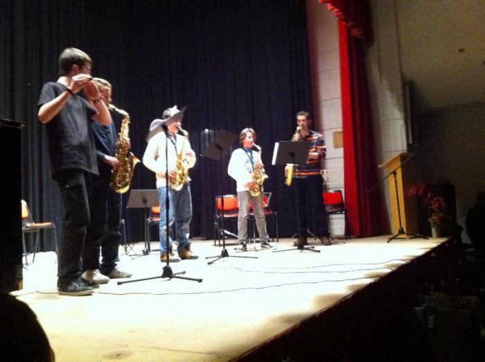 Los alumnos de la Escuela Municipal de Música de Moraleja ofrecen un concierto de Navidad