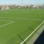 Valencia de Alcántara demanda a Deportes césped artificial para el campo de fútbol