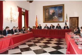 La Diputación de Cáceres amplía convenios para la gestión de tributos en distintas poblaciones