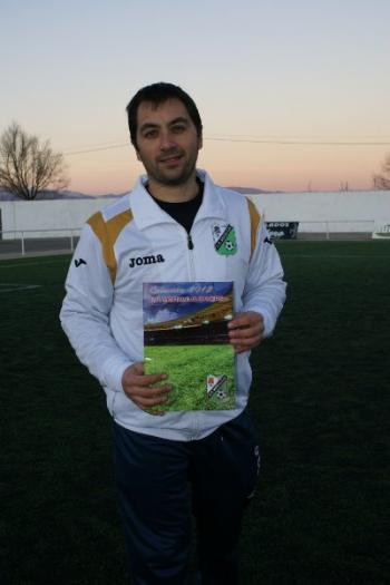 El CP Moraleja edita un álbum y una colección de cromos de los 14 equipos de fútbol de la entidad