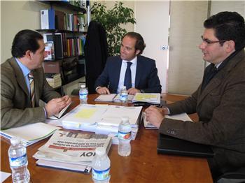 Parejo se reúne con la UCEx para conocer las consultas de los consumidores frente a la administración