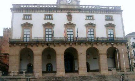 El Ayuntamiento de Cáceres recibe el ingreso del canon del agua que destinará al abono de deudas pendientes