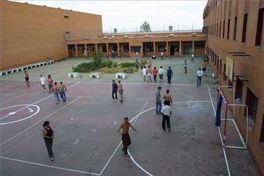 El centro de inserción social para reclusos en régimen de semilibertad de Cáceres sale a concurso por 5,2 millones