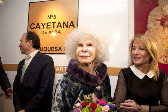 La alcaldesa de Cáceres destaca la calidad humana de la Duquesa de Alba y su interés por la ciudad