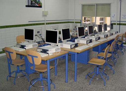 El NCC de Valencia de Alcántara organiza un taller sobre las posibilidades de encontrar empleo en la red