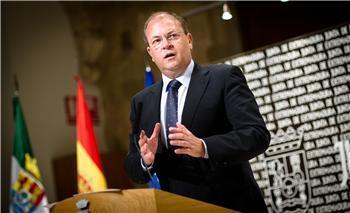 Monago asegura repaldar el AVE y recuerda a los socialistas su silencio ante el Ejecutivo de Zapatero