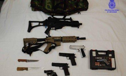 La policía detiene en Mérida a un joven de 22 años acusado de malos tratos y amenazas graves