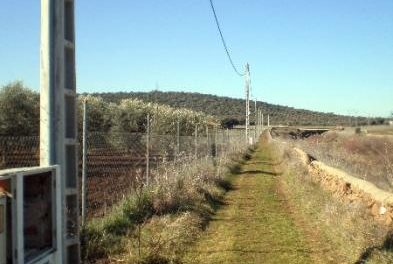 La Guardia Civil detiene a un joven de 19 años por el robo del cable del tendido eléctrico de Valverde de Leganes