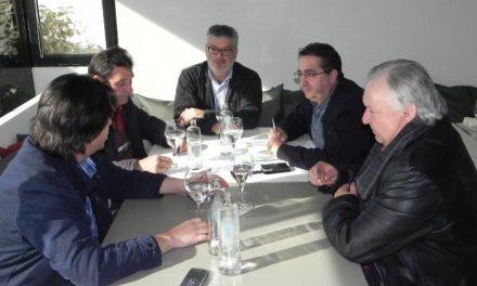 FEDAPAS transmite a Izquierda Unida la necesidad de emisiones subtituladas en Canal Extremadura