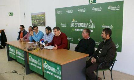 El sector agrícola de Tierra de Barros alerta del riesgo de la DO Ribera del Guadiana si se aprueba la refinería