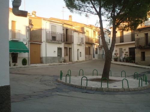 Sanidad confirma más positivos en Zarza la Mayor, Villamiel, Coria y Ceclavín
