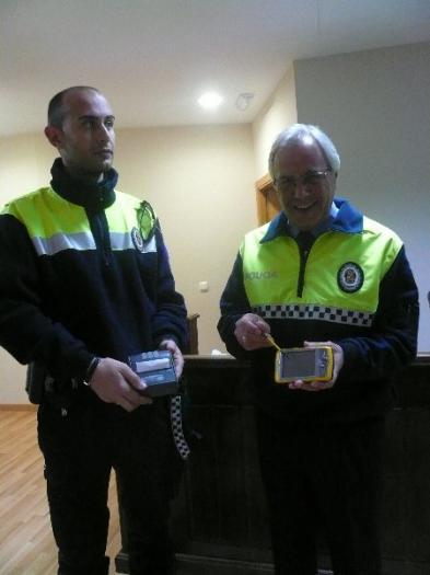La Policía Local de Moraleja comienza a utilizar un PDA para agilizar la tramitación de las denuncias de tráfico