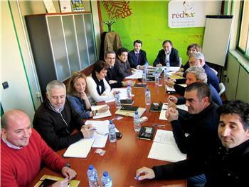 """José Luis Gil traslada a Redex la necesidad de ser """"eficientes en el uso del dinero público"""""""
