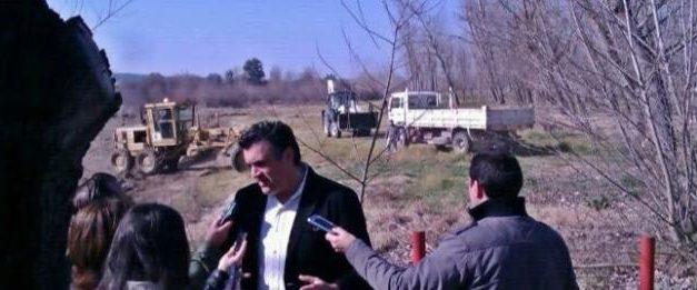 El alcalde de Coria presenta oficialmente las obras que ya han comenzado a ejecutarse en el entorno del río Alagón
