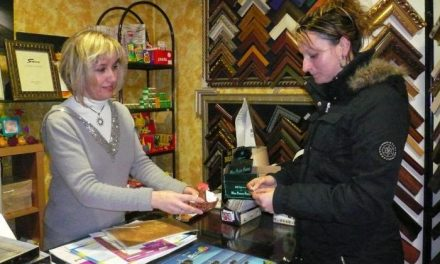 Las tiendas de Moraleja repartirán 3.150 euros en premios para fomentar el comercio en navidades