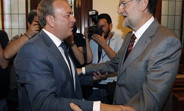 Rajoy se compromete a agilizar con el Ministerio de Hacienda el pago de la deuda histórica a Extremadura