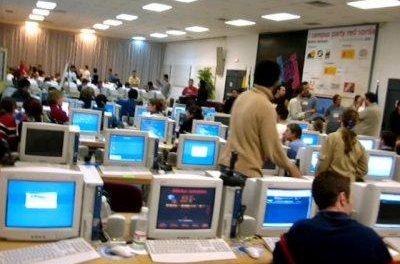 Una avería masiva deja sin internet a miles de usuarios de las provincias de Cáceres y Badajoz